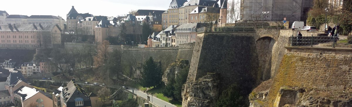 Temporary Graves - Burial in Luxembourg & the Transmortality Conference 2017