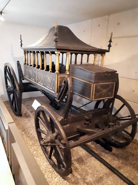 18th-century horse-drawn hearse on a 17th-century chassis, covered in mortality symbols! National Museum of Scotland (photo by author 2019)