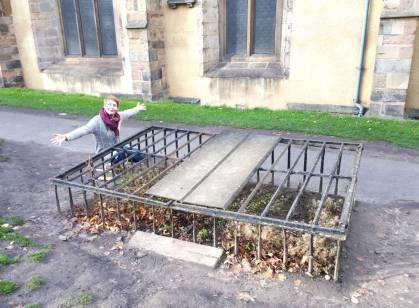 The author with an iron mortsafe at Greyfriar Kirkyard, Edinburgh (photo by Ian Petty 2019)