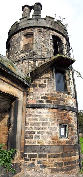 The New Calton Burial Ground Watchtower, 1820s. (photo by author 2019)